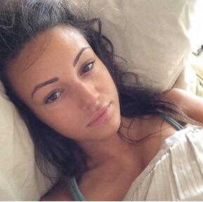 No makeup selfie PHA Media