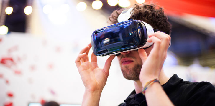 PHA Media VR Headset