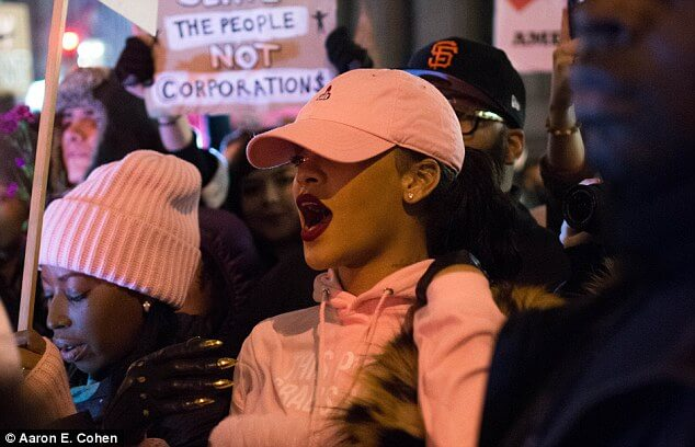 Rihanna Protest Trump Travel Muslim Ban