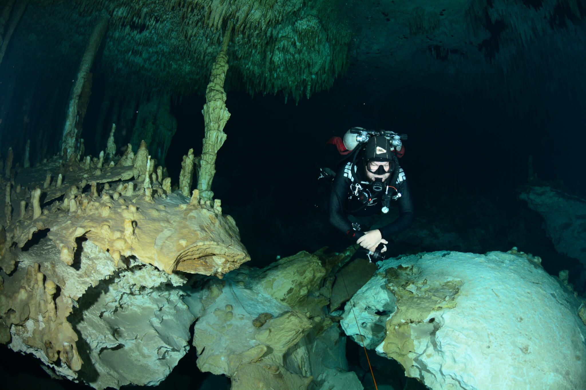 Rune Diving Scuba Cave Deep