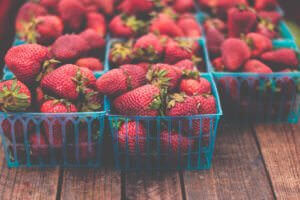A picture of fresh strawberries