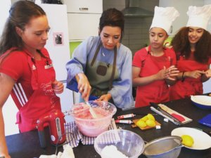 England hockey team baking with celebrity baker Candice Brown